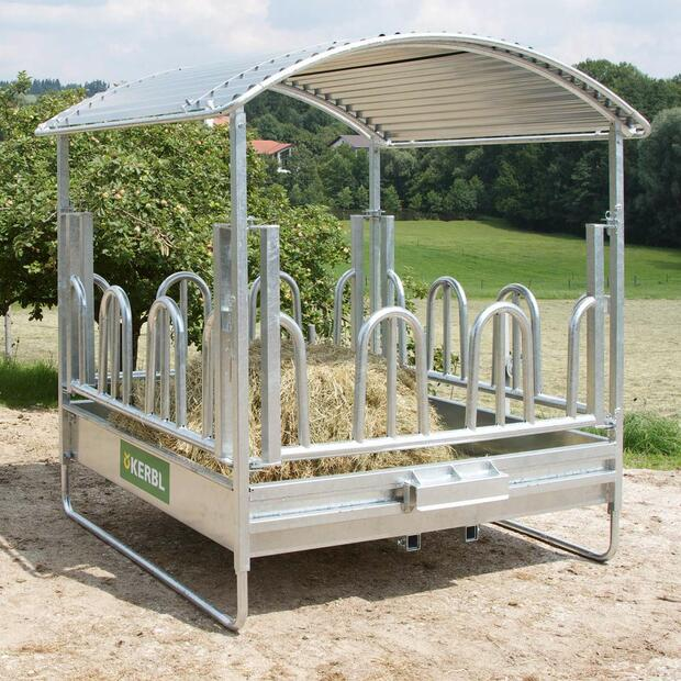 Square hay rack with palisade feeding grid 2 x 2 m